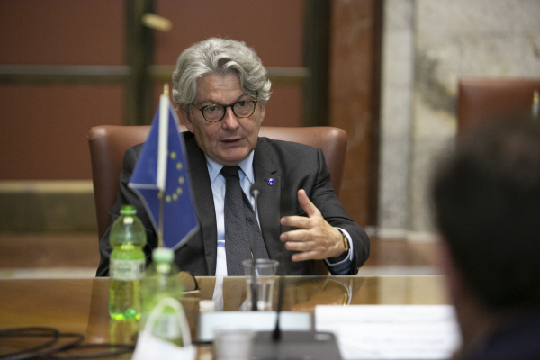 Il commissario Breton