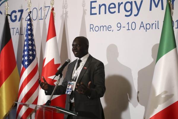 L'intervento di Otieno, capo del segretariato del partenariato energetico Africa-UE (AEEP)