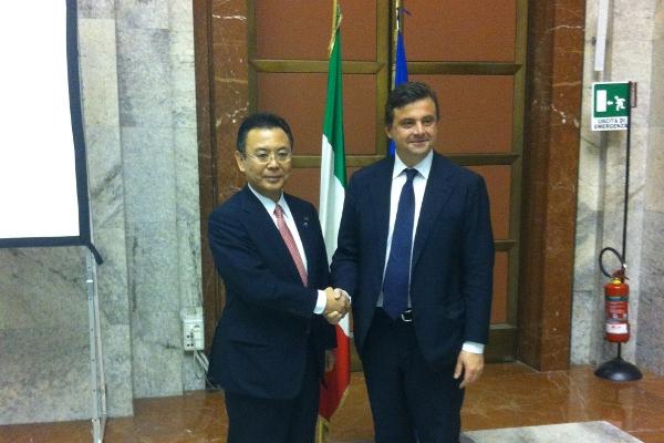 Il ministro Calenda incontra il ministro giapponese Takagi