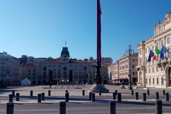Trieste, piazza Unità prima dell'inizio del Summit