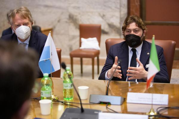 Il Segretario di Stato per il turismo e poste della Repubblica di San Marino, Federico Pedini Amati